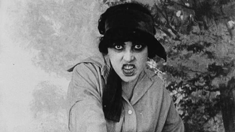 Les Vampires Les Vampires 191516 The Film Canon The Young Folks