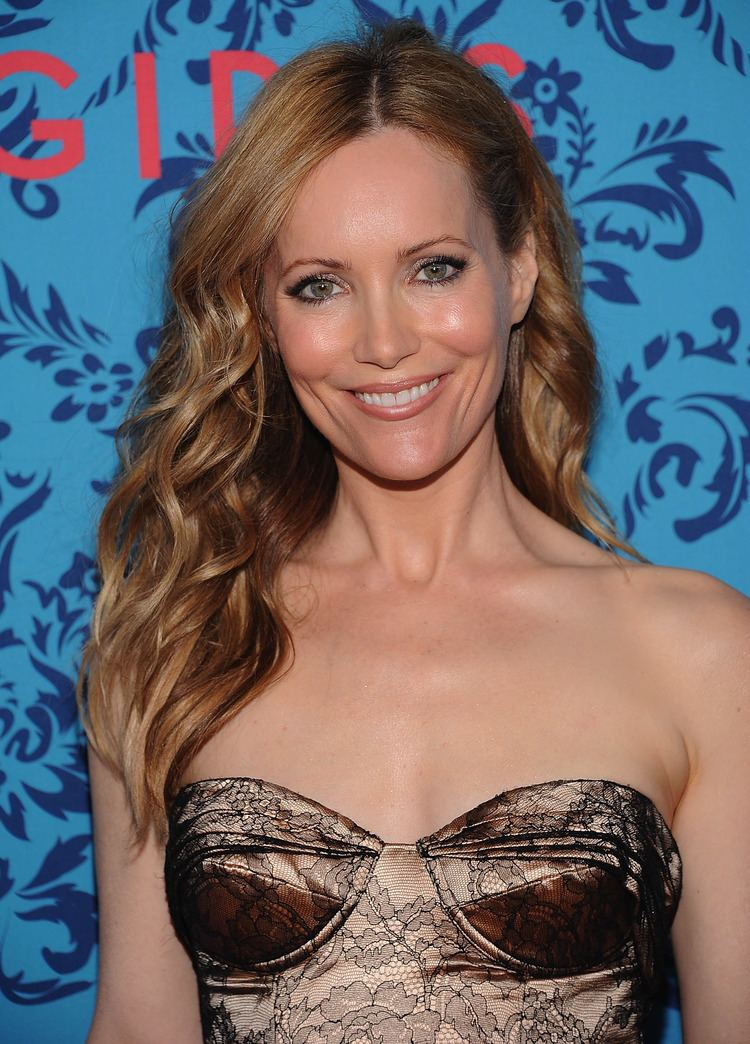 Leslie Mann Leslie Mann accompanied husband Judd Apatow to the