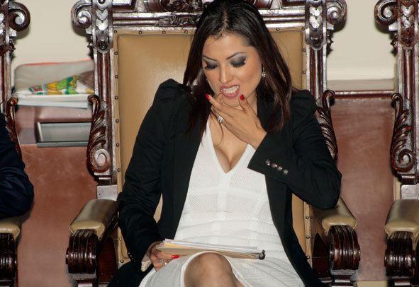 Leticia Quezada Contreras Comunicte Digital Rinde protesta Leticia Quezada como