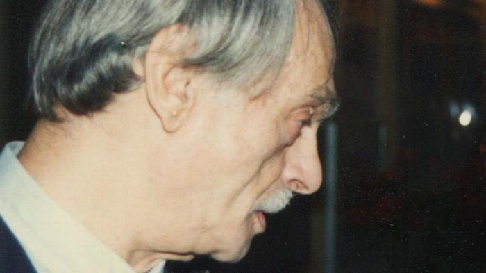 Lev Zbarsky' s side view