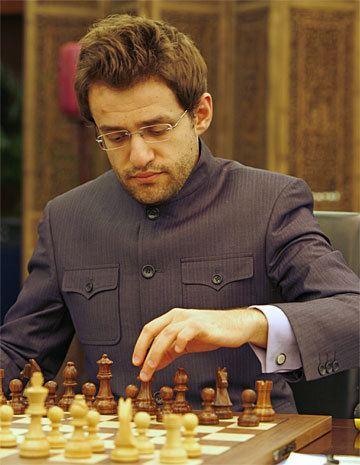 Levon Aronian Nanjing R6 Topalov beats Aronian Bu beats Movsesian