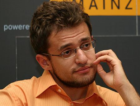 Levon Aronian Mainz 2007 Levon Aronian leads in Chess960 Chess News