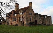 Leybourne Castle httpsuploadwikimediaorgwikipediacommonsthu