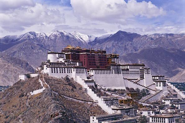 Lhasa in the past, History of Lhasa