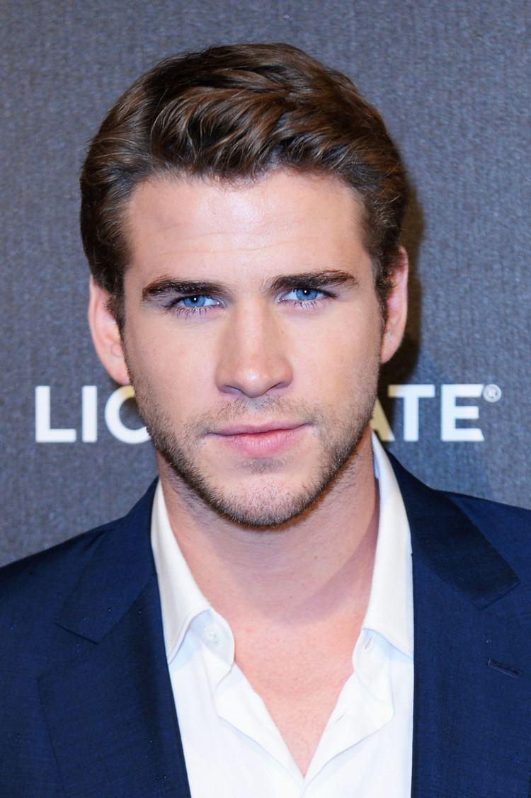 Liam Hemsworth Liam Hemsworth To Star In Thriller 39Cut Bank39 Deadline