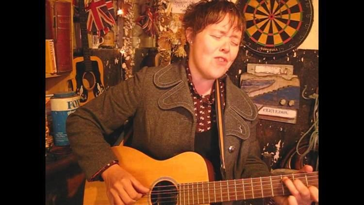 Lianne Hall Lianne Hall Want You Alive Songs From The Shed YouTube