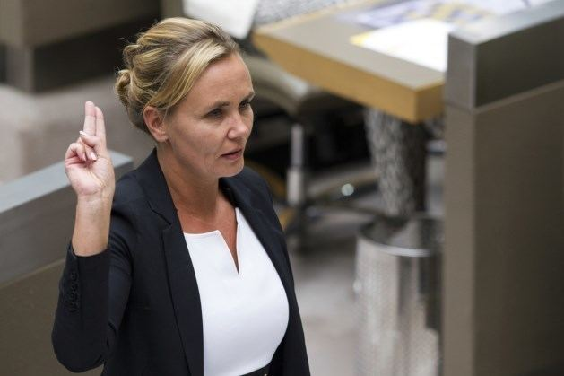 Liesbeth Homans Liesbeth Homans Wordt Superminister In Vlaamse Regering