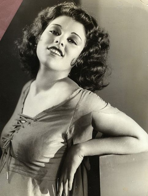 Lillian Roth Lillian Roth profile Famous people photo catalog