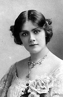 Lily Brayton httpsuploadwikimediaorgwikipediacommonsthu