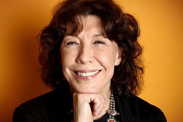 Lily Tomlin Lily Tomlin Young people don39t even know who Bella Abzug