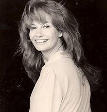 Linda Gary httpsuploadwikimediaorgwikipediacommonsthu