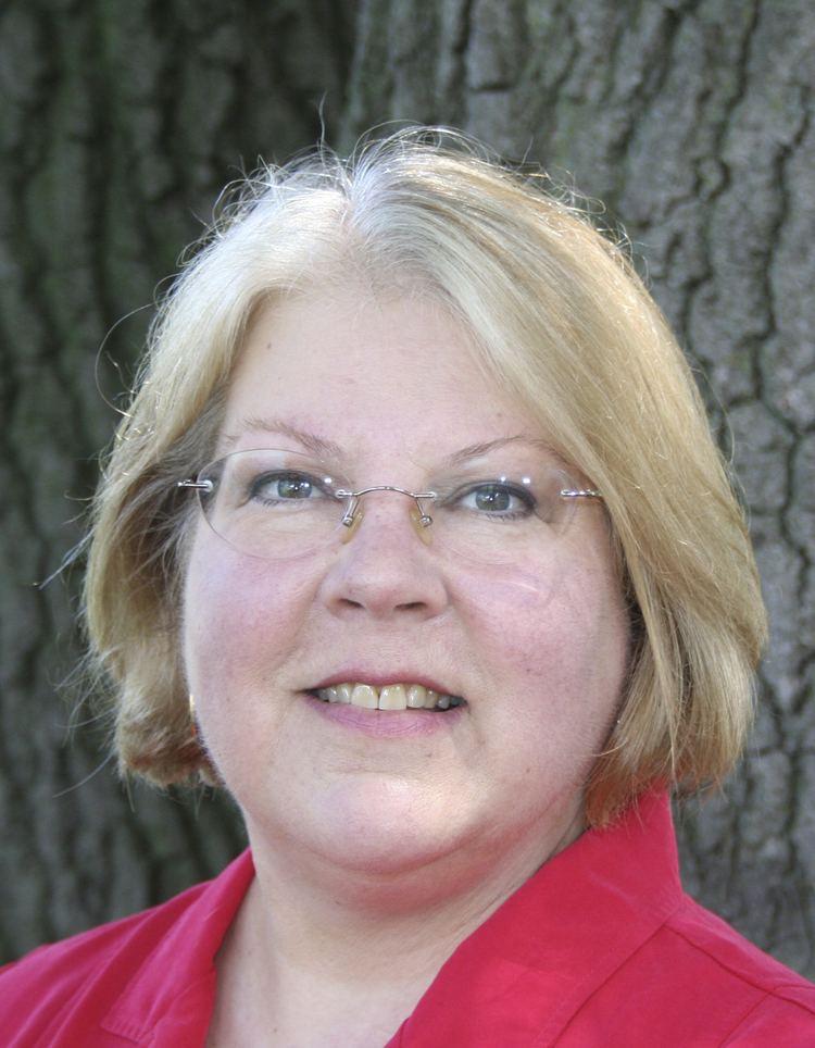 Linda Slocum wwwhouselegstatemnushinfomemberimgls8950Ajpg