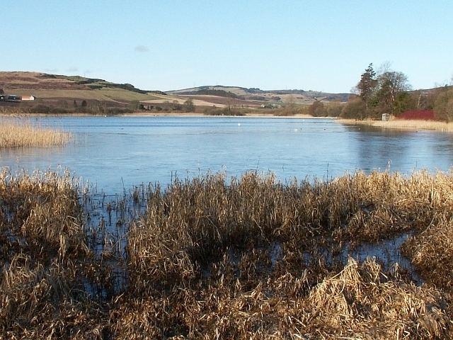 Lindores Loch httpsuploadwikimediaorgwikipediacommonsee