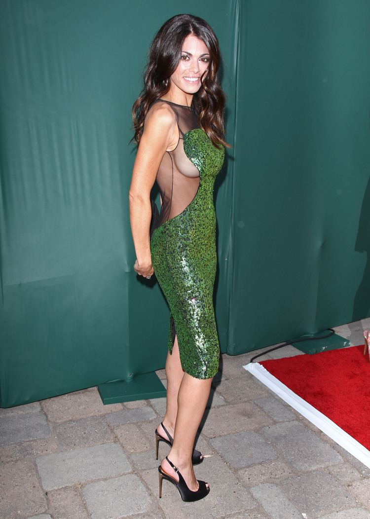 Lindsay Hartley born April 17, 1978 (age 40) Lindsay Hartley born April 17, 1978 (age 40) new pics