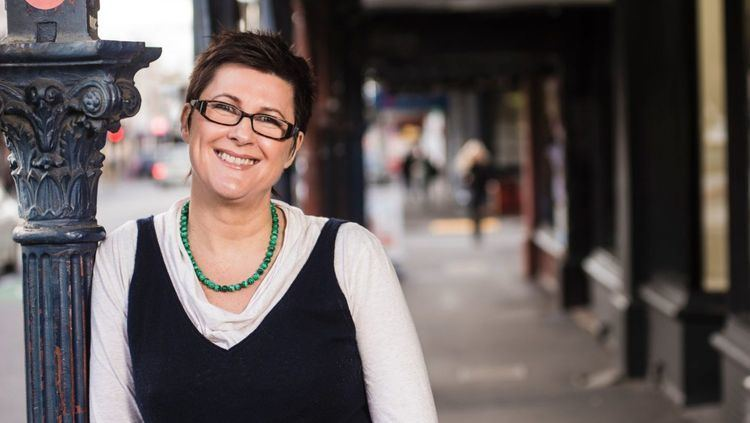 Lindy Burns Domain quiz ABC Radio presenter Lindy Burns on why Melbourne is all