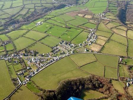 Linear settlement Archaeology in Wales Ymddiriedolaeth Archaeolegol Dyfed Dyfed