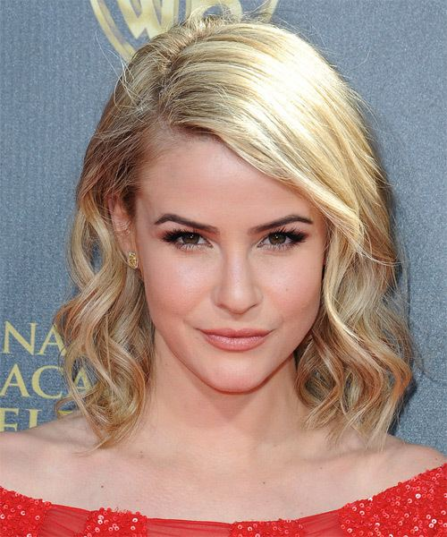 Linsey Godfrey Linsey Godfrey Hairstyles Celebrity Hairstyles by