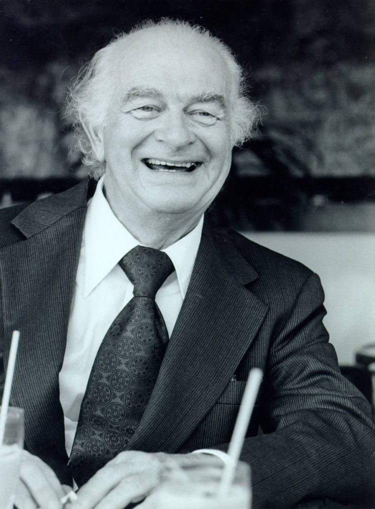 Linus Pauling Linus Pauling and prostate cancer VillagesNewscom