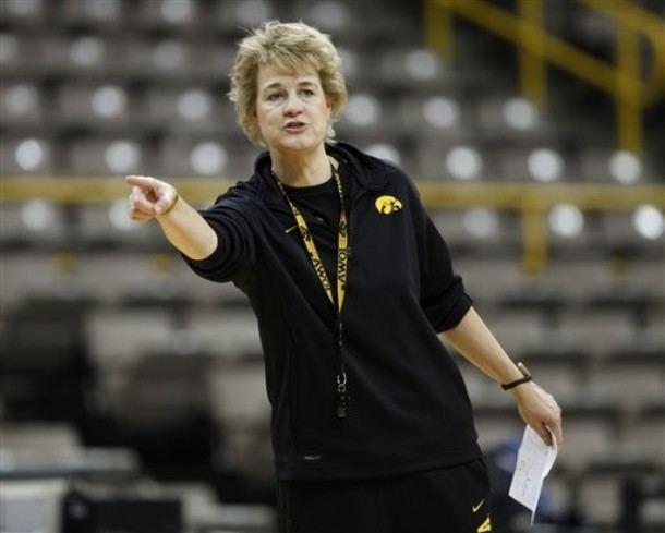 Lisa Bluder NCAA Women39s Basketball KRUI Sports Blog