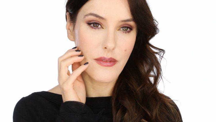Lisa Eldridge Fall 2014 CHANEL Makeup with Lisa Eldridge Collection