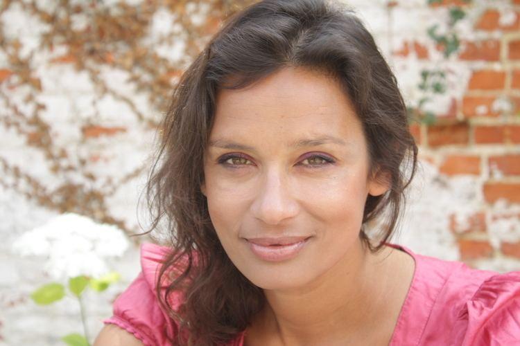 Lisa Francesca Nand mediaserverdwpubcomfjdprofile11066LFNHeadsh