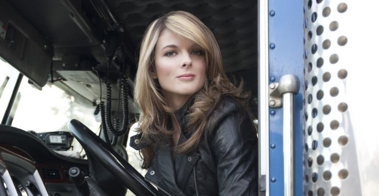 Lisa Kelly irtlisakelly2 Lisa Kelly Pictures Ice Road Truckers
