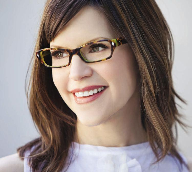 Lisa Loeb CampE Vision39s Industry News Feed Classique Eyewear