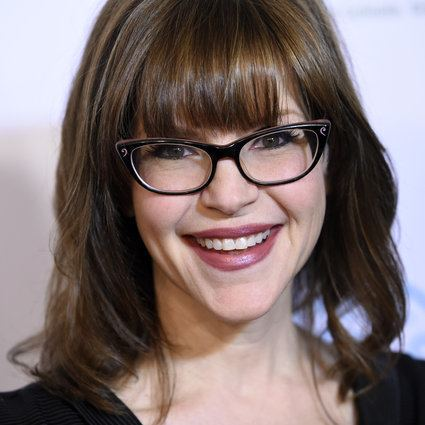 Lisa Loeb Here39s How Lisa Loeb Really Feels About Performing 39Stay