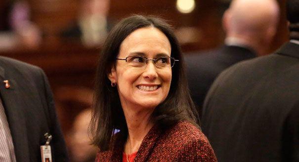 Lisa Madigan Madigan moves toward run in Ill POLITICO