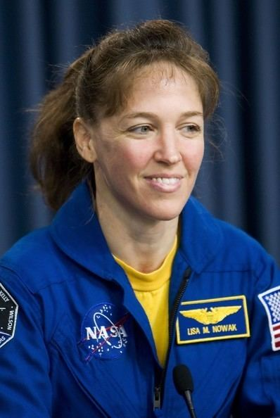 Lisa Nowak Lisa Nowak Pictures Space Shuttle Discovery Astronauts