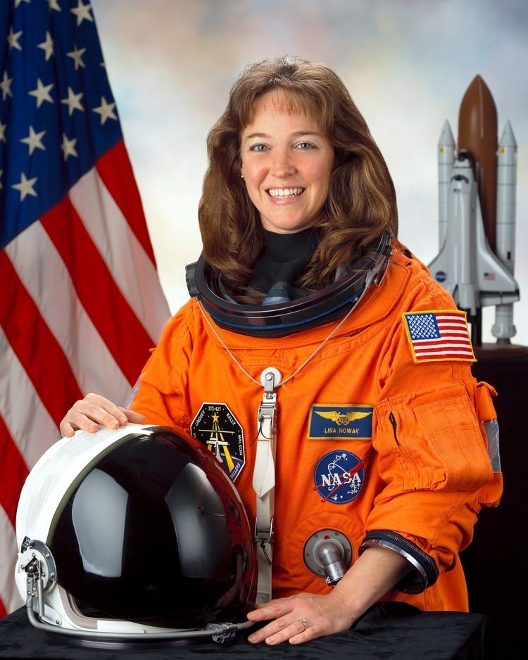 Lisa Nowak httpsuploadwikimediaorgwikipediacommons55