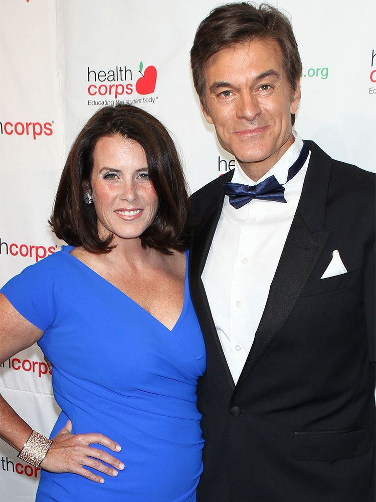 Lisa Oz The Dr Oz Controversy How His Wife Lisa and Oprah
