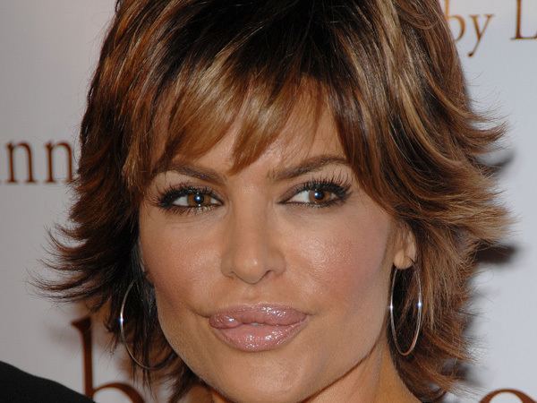 Lisa Rinna 25 Breathtaking Lisa Rinna Hairstyles SloDive
