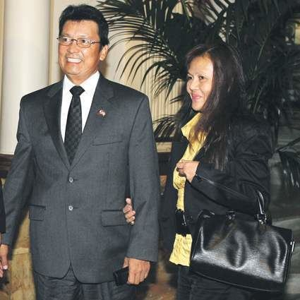 Lito Lapid Lapid says wife Marissa is rich Inquirer News