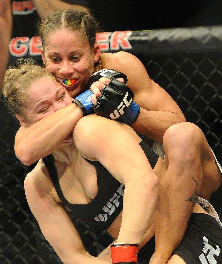 Liz Carmouche Respect Liz Carmouche Teaching Ronda Rousey New Move