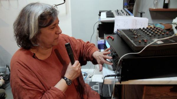 Liz Phillips Video Sound Artist Liz Phillips Makes A Screamin Meal Popular