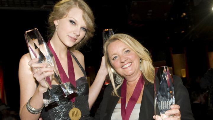 Liz Rose Liz Rose Tells Stories Behind Taylor Swift Little Big