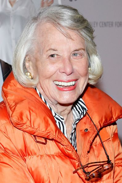 Liz Smith (journalist) Liz Smith Pictures quotElaine Stritch Shoot Mequot New York