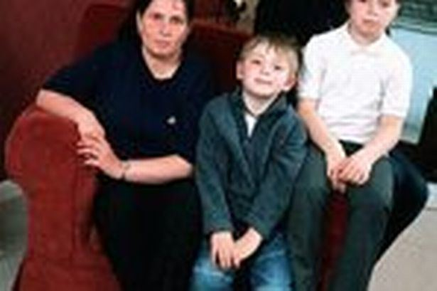 Lizzy Bardsley Wifeswap Lizzy insists 39I39m a star39 Manchester Evening