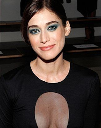 Lizzy Caplan Lizzy Caplan in Talks to Join Jesse Eisenberg Dave Franco