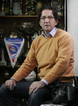 Ljubomir Savevski European Handball Federation Ljubomir Savevski new coach of