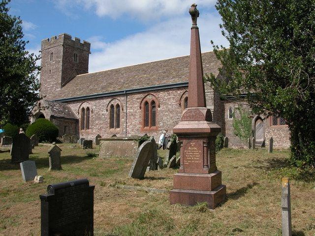 Llanvihangel Crucorney httpsuploadwikimediaorgwikipediacommonsaa