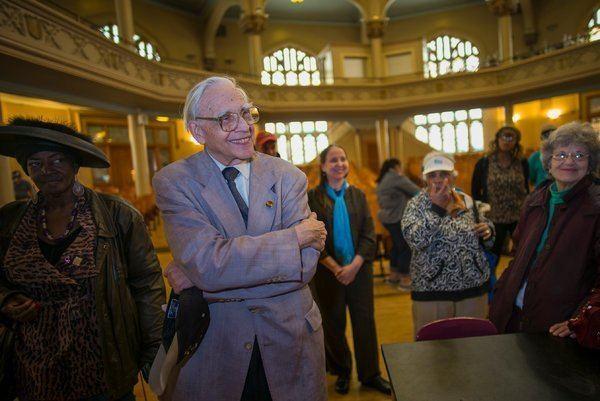 Lloyd Ultan (historian) Touring the Bronx With Lloyd Ultan a Borough Institution