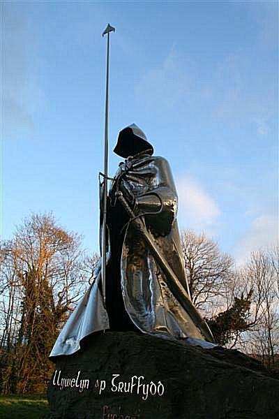Llywelyn ap Gruffudd ExecutedTodaycom 1401 Llywelyn ap Gruffydd Fychan an