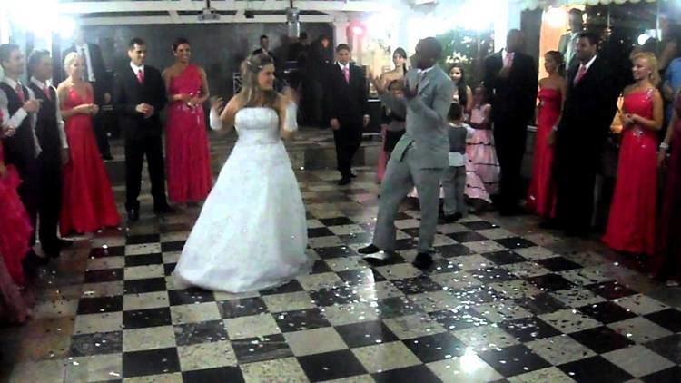 Léo Itaperuna Leo Itaperuna e Paola Valsa YouTube