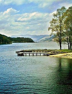 Loch Earn httpsuploadwikimediaorgwikipediacommonsthu