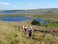 Loch Thom httpsuploadwikimediaorgwikipediacommonsthu