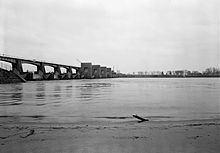 Lock and Dam No. 21 httpsuploadwikimediaorgwikipediacommonsthu