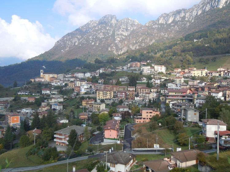 Lodrino, Lombardy httpsuploadwikimediaorgwikipediacommonsdd