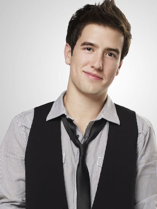 Logan Henderson Logan Logan Henderson Photo 32005723 Fanpop